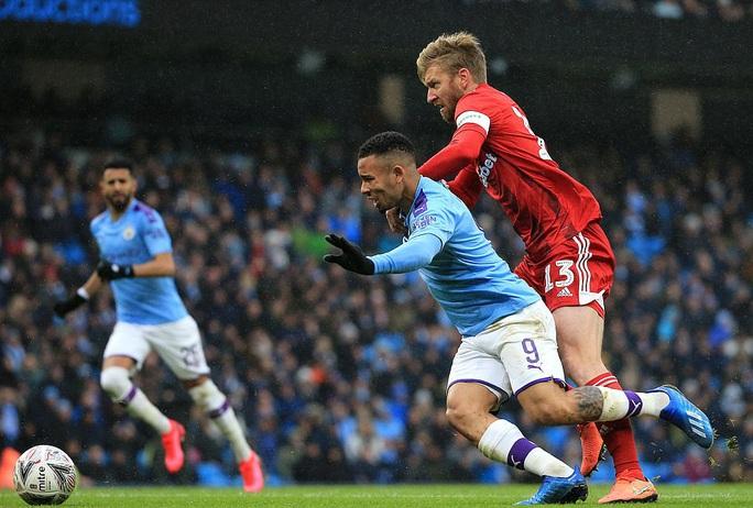 Man United mở tiệc bàn thắng, Man City vào vòng 5 FA Cup - Ảnh 1.