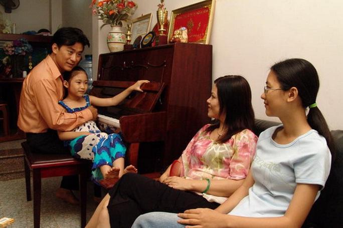 NSND Tạ Minh Tâm: Tuổi Tý 60 vẫn còn sung - Ảnh 5.