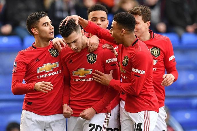 Man United mở tiệc bàn thắng, Man City vào vòng 5 FA Cup - Ảnh 6.