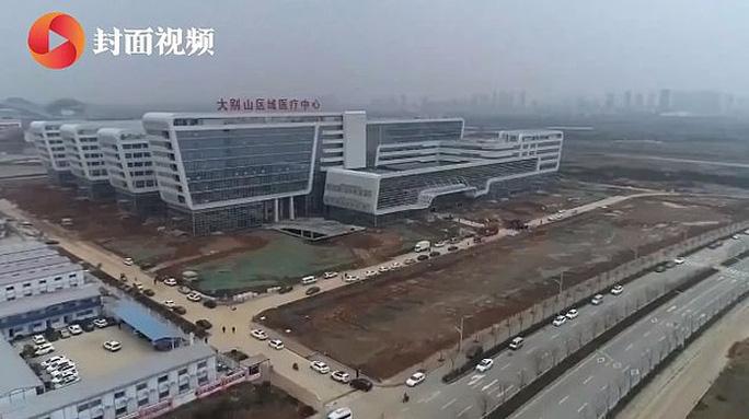 Virus Vũ Hán: Trung Quốc dựng bệnh viện trong… 2 ngày - Ảnh 1.