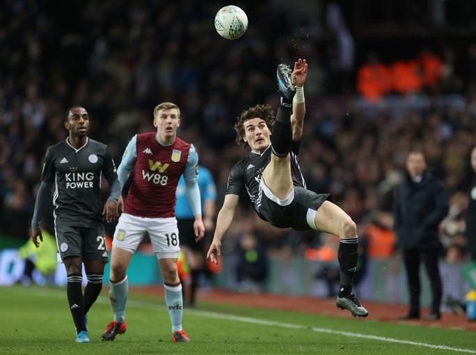 Thắng nghẹt thở Leicester, Aston Villa vào chung kết League Cup - Ảnh 1.
