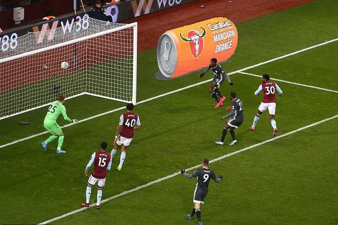 Thắng nghẹt thở Leicester, Aston Villa vào chung kết League Cup - Ảnh 4.