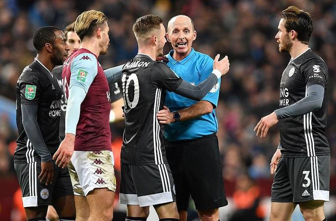 Thắng nghẹt thở Leicester, Aston Villa vào chung kết League Cup - Ảnh 2.