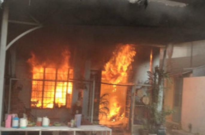 Đòi quan hệ không được, phóng hoả đốt nhà làm 2 người tử vong (?) - Ảnh 1.