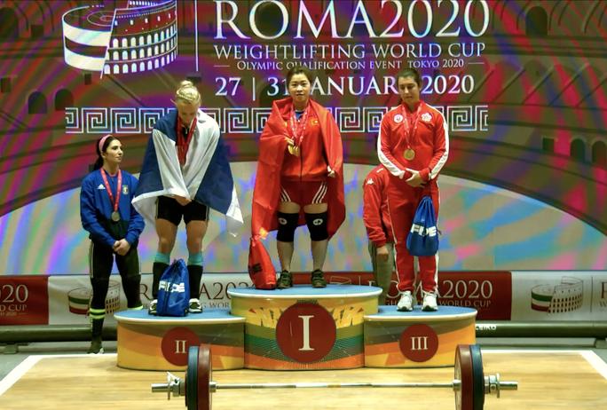 Hoàng Thị Duyên – Cô lực sĩ người Giáy vô địch World Cup cử tạ 2020 - Ảnh 3.