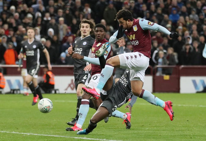 Thắng nghẹt thở Leicester, Aston Villa vào chung kết League Cup - Ảnh 5.