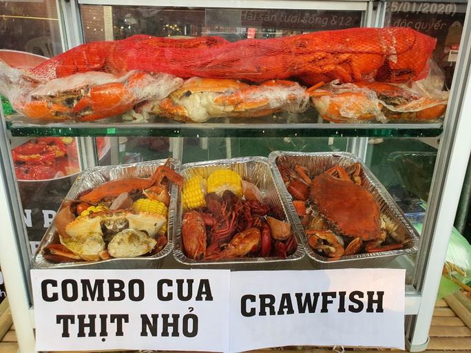 Cả trăm món ăn đặc sản tụ hội ở lễ hội Tết Việt - Ảnh 10.
