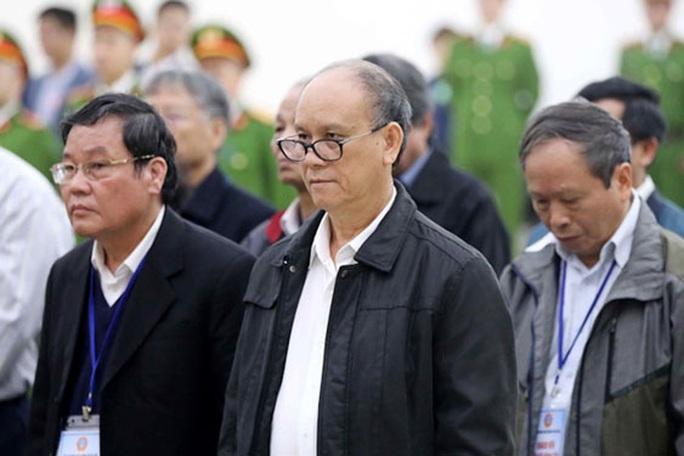 Xét xử 2 nguyên chủ tịch Đà Nẵng liên quan Vũ nhôm: Đổ lỗi để né tội - Ảnh 1.