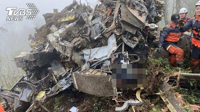 Vụ tướng Đài Loan tử nạn: Rà hộp đen tìm cuộc gọi bất thường - Ảnh 3.