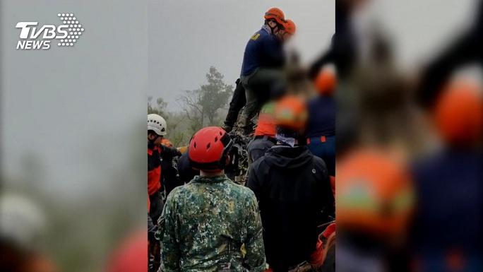 Vụ tướng Đài Loan tử nạn: Rà hộp đen tìm cuộc gọi bất thường - Ảnh 4.