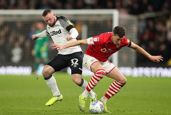Wayne Rooney tái xuất, sân cỏ Hạng nhất nước Anh náo động - Ảnh 2.