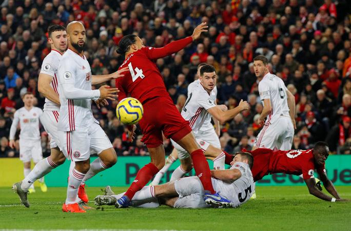 Hạ gục Sheffield, Liverpool lập kỷ lục bất bại 364 ngày - Ảnh 3.