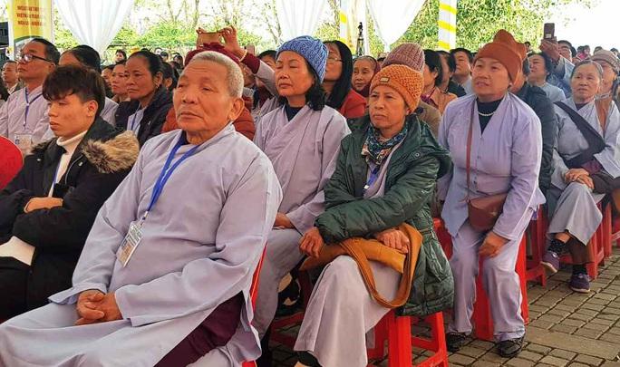 Phó Thủ tướng Thường trực Trương Hòa Bình đánh trống khai hội chùa Bái Đính - Ảnh 4.