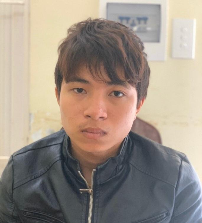 Ẩu đả tại quán karaoke, một thanh niên bị đâm thấu tim - Ảnh 1.