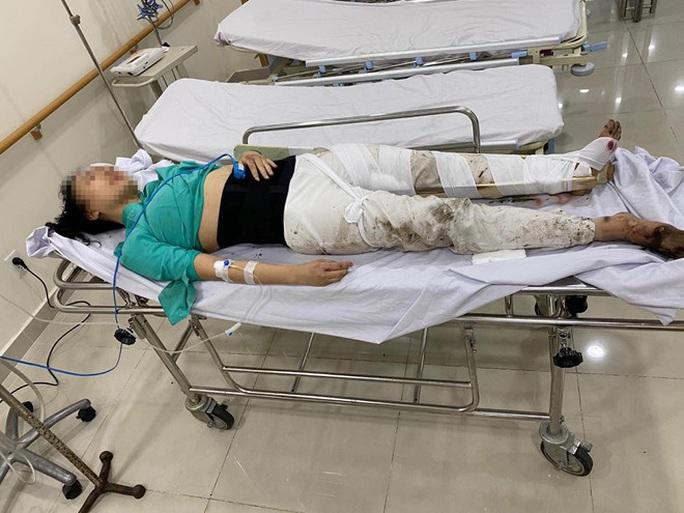 Tai nạn thương tâm sáng mùng 6 Tết gần sân bay Tân Sơn Nhất - Ảnh 2.
