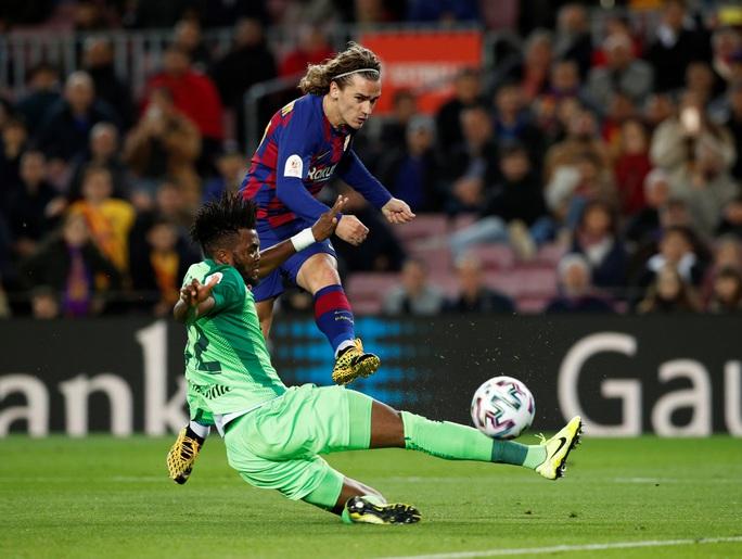 Barcelona đại thắng Leganes, Messi cứu ghế HLV Quique Setien - Ảnh 2.