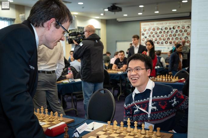 Lê Quang Liêm xếp đồng hạng 8 Gibraltar Masters - Ảnh 1.