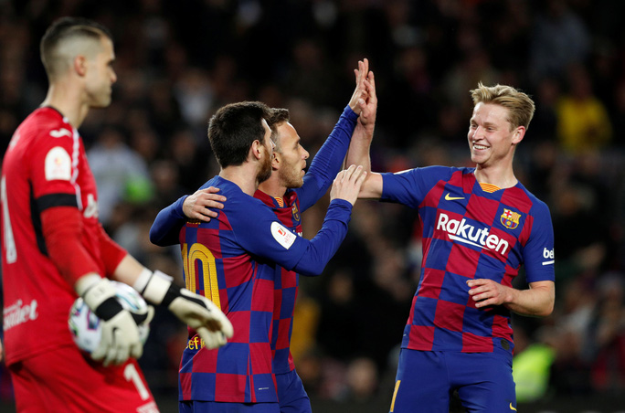 Messi chỉ trích sếp lớn, Barca lo sụp đổ dây chuyền - Ảnh 3.