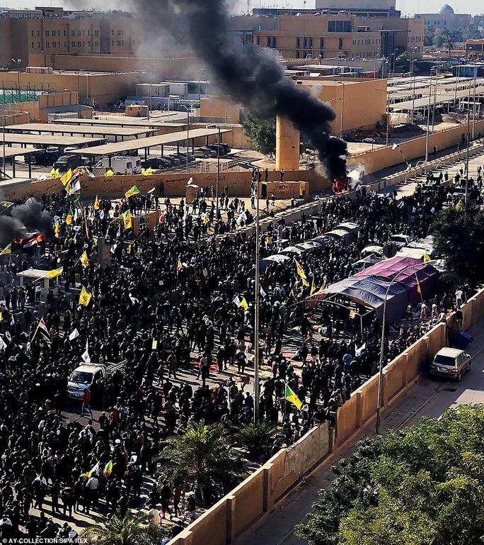 Tướng Soleimani thiệt mạng: Đỉnh điểm của 7 ngày chết chóc Mỹ- Iran - Ảnh 3.