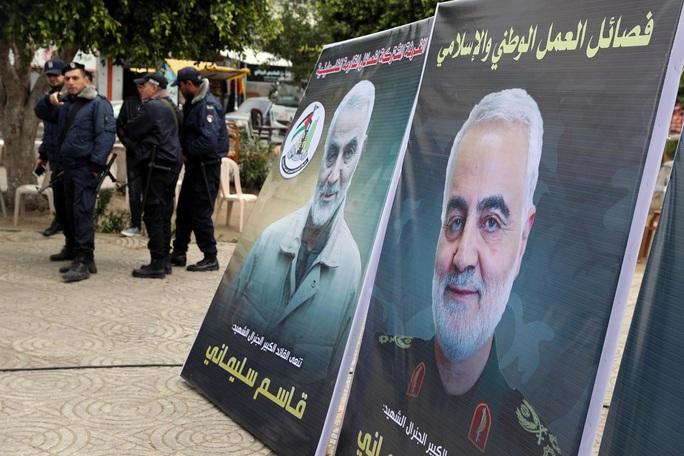 Khẳng định không rời Iraq, Mỹ điều thêm pháo đài B-52 trấn Iran - Ảnh 2.