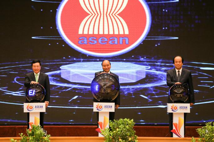 Thủ tướng chủ trì Lễ Khởi động Năm Chủ tịch ASEAN 2020 - Ảnh 7.