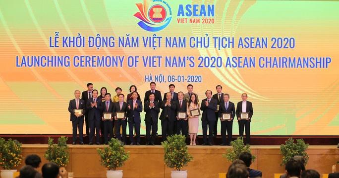 Thủ tướng chủ trì Lễ Khởi động Năm Chủ tịch ASEAN 2020 - Ảnh 10.