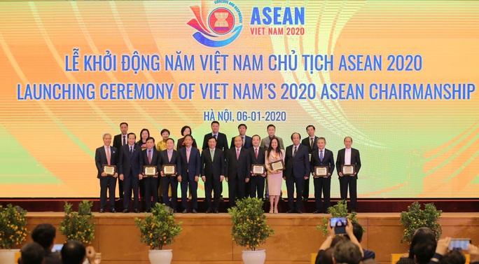 Thủ tướng chủ trì Lễ Khởi động Năm Chủ tịch ASEAN 2020 - Ảnh 11.