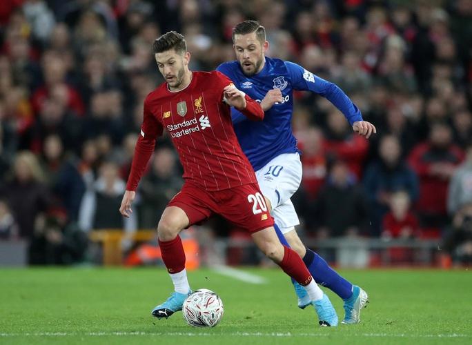 Người nhện rực sáng, Liverpool quật ngã Everton trận derby - Ảnh 5.