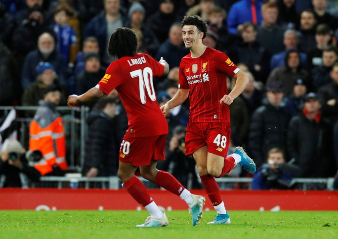 Người nhện rực sáng, Liverpool quật ngã Everton trận derby - Ảnh 6.