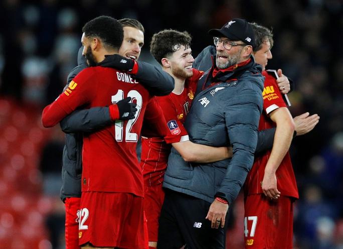 Người nhện rực sáng, Liverpool quật ngã Everton trận derby - Ảnh 8.