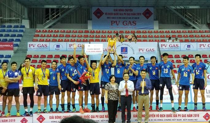 Tuyển bóng chuyền TP HCM giành chiến tích lịch sử - Ảnh 6.