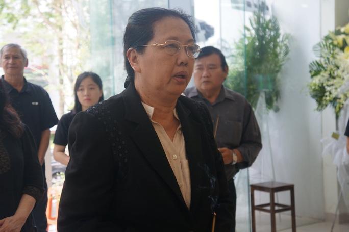 Nghệ sĩ Tú Trinh nhớ về đôi bông tai của vợ chồng Nguyễn Chánh Tín - Ảnh 8.