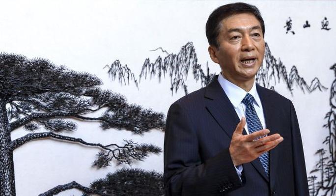 Tại sao Trung Quốc bất ngờ thay đặc phái viên liên lạc ở Hồng Kông? - Ảnh 1.