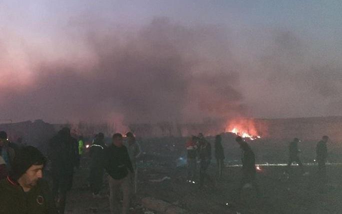Xuất hiện nghi vấn máy bay Ukraine bị bắn hạ ở Iran - Ảnh 3.