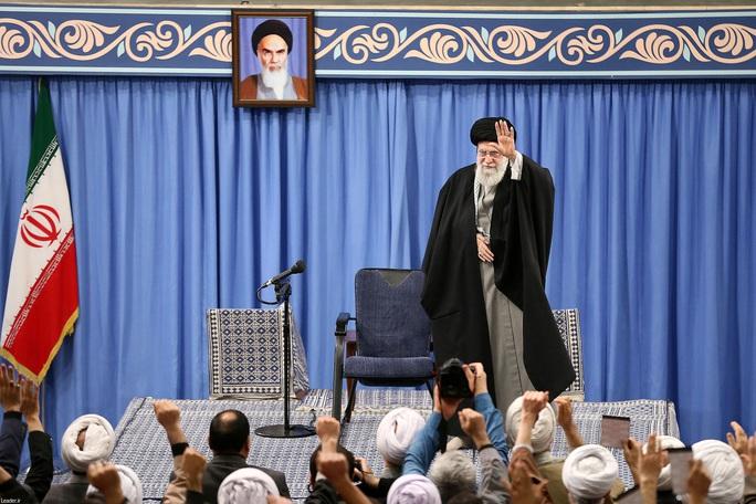 Iran tấn công Mỹ bằng tên lửa gì? - Ảnh 1.
