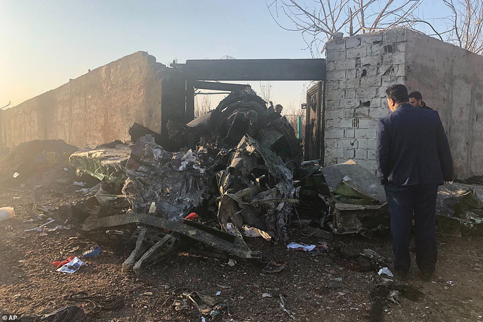 Xuất hiện nghi vấn máy bay Ukraine bị bắn hạ ở Iran - Ảnh 6.