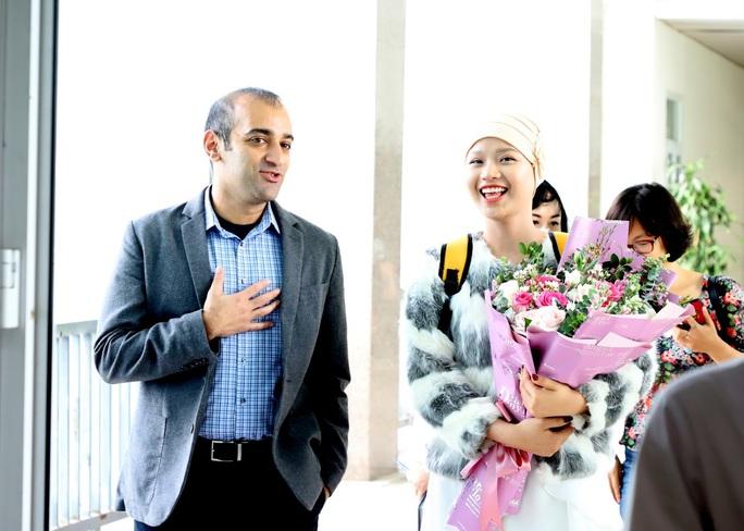 Từ bức thư của Thủ tướng, nữ sinh bị ung thư truyền cảm hứng về cuộc sống cho bệnh nhân - Ảnh 14.