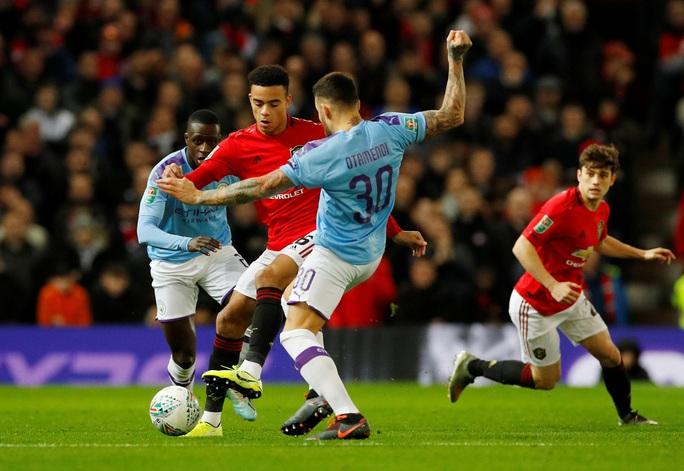 Đè bẹp Man United, Man City đặt chân vào chung kết League Cup - Ảnh 2.