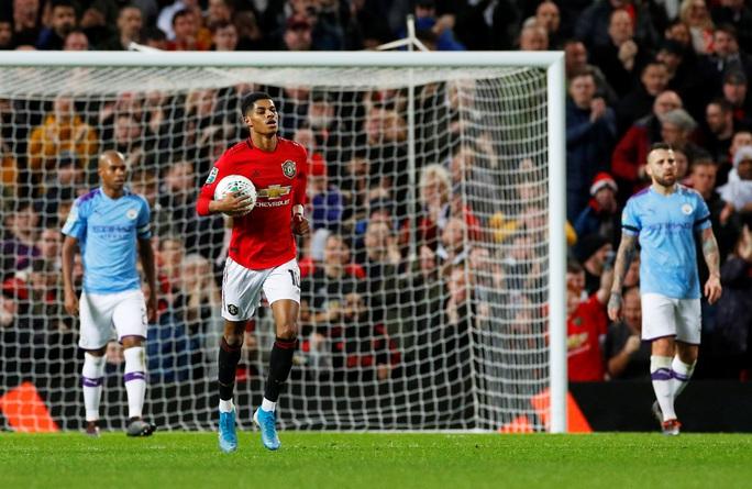 Đè bẹp Man United, Man City đặt chân vào chung kết League Cup - Ảnh 8.