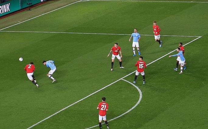 Đè bẹp Man United, Man City đặt chân vào chung kết League Cup - Ảnh 3.