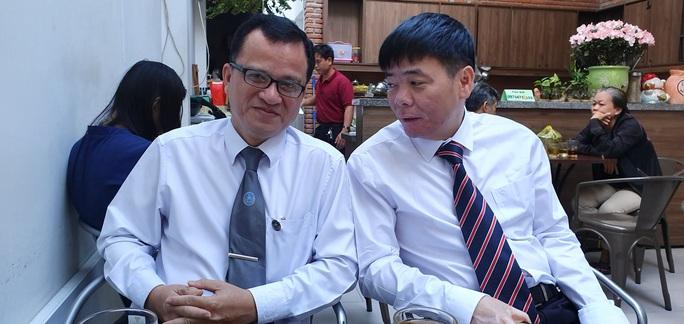 An ninh thắt chặt tại phiên tòa xét xử vợ chồng luật sư Trần Vũ Hải - Ảnh 2.