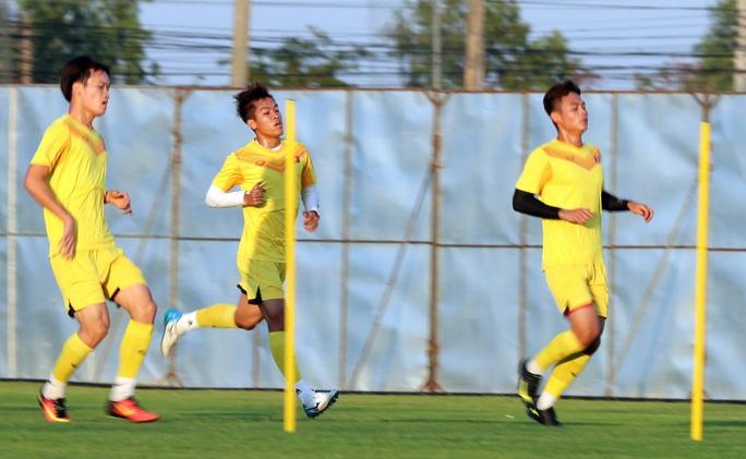 U23 Việt Nam - U23 UAE: Trận đấu đỉnh cao - Ảnh 1.