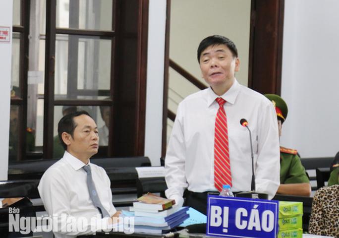 An ninh thắt chặt tại phiên tòa xét xử vợ chồng luật sư Trần Vũ Hải - Ảnh 4.
