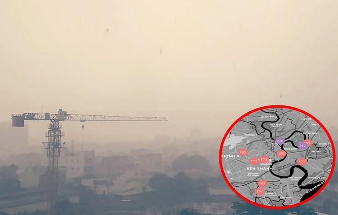 Bầu trời TP HCM những ngày qua. Ứng dụng cảnh báo chất lượng không khí chi chít màu đỏ nguy hiểm đến sức khỏe