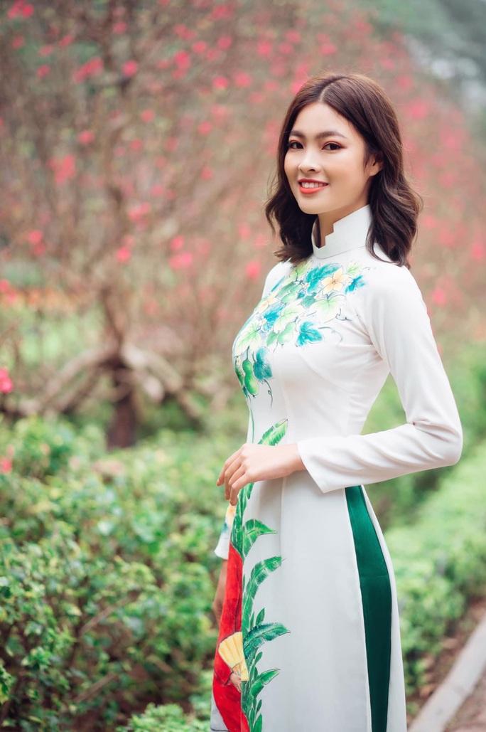 Người đẹp Du lịch Quảng Bình bị tước vương miện lên tiếng về việc không giữ gìn bản thân - Ảnh 2.