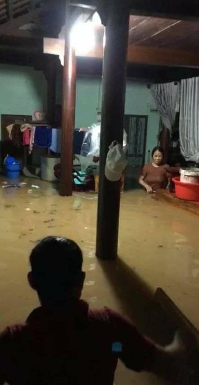 Mưa lớn, 3 thủy điện đang xả hơn 1.890 m3 nước/giây, Quảng Nam yêu cầu sơ tán dân - Ảnh 5.