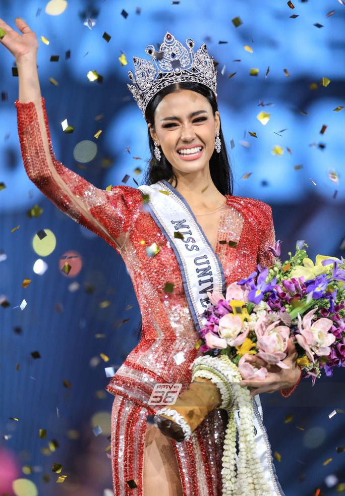 Cận cảnh cô gái lai đăng quang Hoa hậu Hoàn vũ Thái Lan - Ảnh 4.