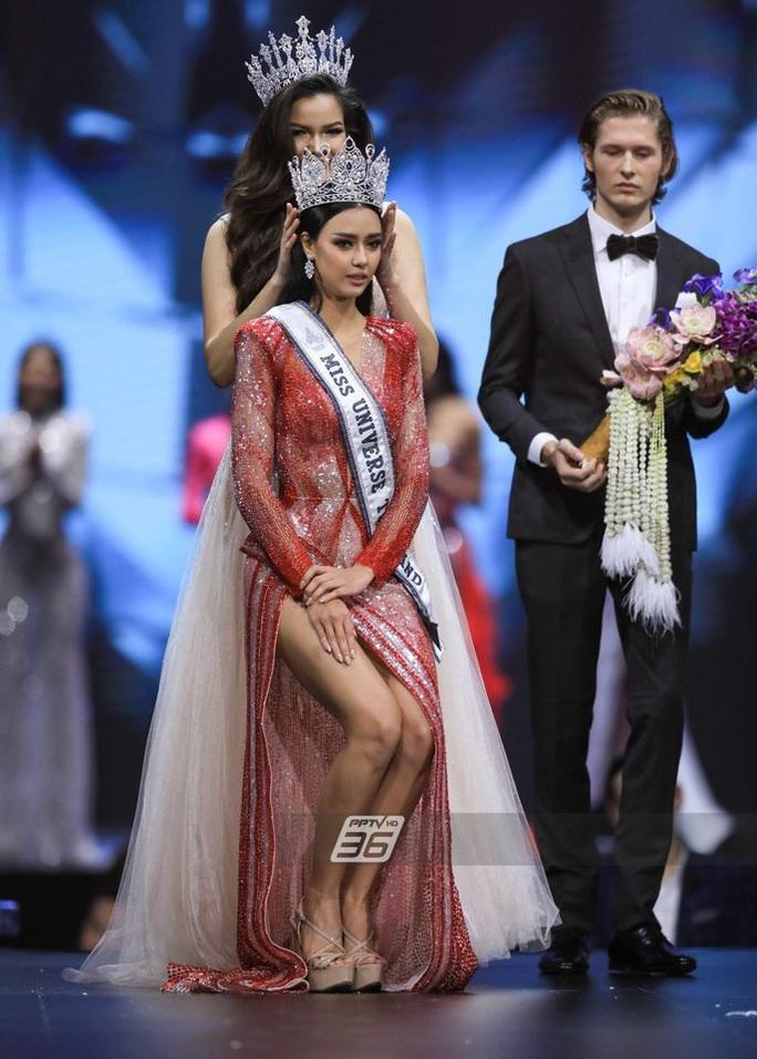 Cận cảnh cô gái lai đăng quang Hoa hậu Hoàn vũ Thái Lan - Ảnh 3.