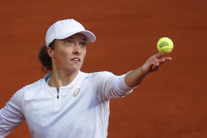 Học quần vợt qua game, Swiatek vẫn trở thành Nữ hoàng Roland Garros 2020 - Ảnh 2.