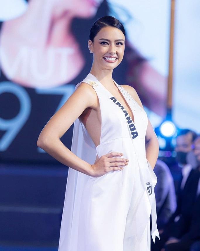 Cận cảnh cô gái lai đăng quang Hoa hậu Hoàn vũ Thái Lan - Ảnh 9.